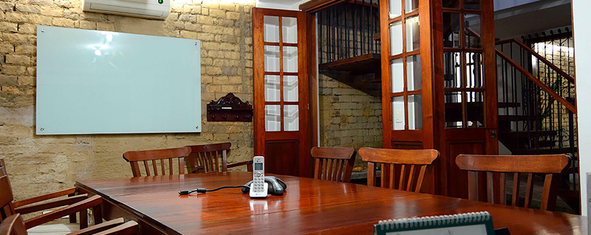 centrodenegocios-sala-conferencias